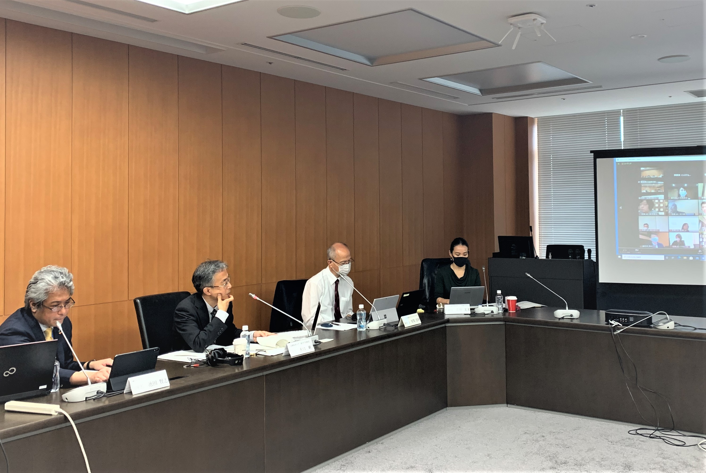 "GSG-NAB Japan and Financial Services Agency of Japan co-hosted the 3rd ""Impact Investing Roundtable "" on November 20."